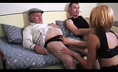 Voyeur Papy fucks nymph in threesome