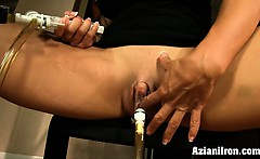 Aziani Iron buff muscle babe pumps her clit and big pussy