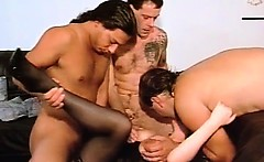 Blindfolded slut enjoys in hard banging