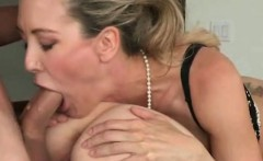 Blonde MILF And Hot Teen Girl Doggystyled In Threesome