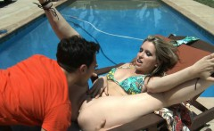 Busty blondie Courtney Cummz fuck at poolside
