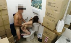 Sexy amateur exchange her pussy for cash and silver chain