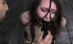 Bondage sub Mollie Rose dildo banged