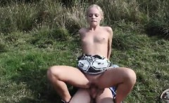 Vanda picked up and porked outdoors