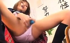 Squirting Japanese Schoolgirls Love Toys