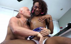 Glam ebony shemale gets some head