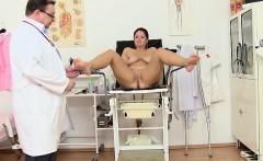 Sexy Hausfrau anal riding