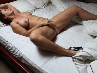 Got this horny mom from sexymilfdate.net