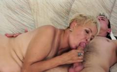 Hot model grinding orgasm