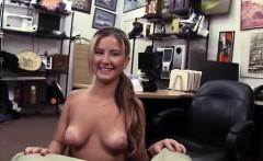 Hot Girl Blowjob Biggest Cumshot Seems Like She Had A Switch