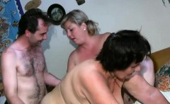 Threesome with gilf and babe