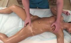 Petite Teen Linda Star Gets Massaged And Fingered