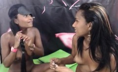 Smoking hot olombian becomes kinky