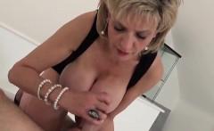 Unfaithful uk milf gill ellis shows off her massive boobs