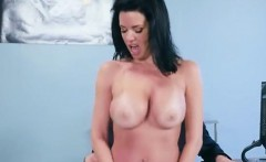 Luscious Patient Veronica Avluv Gets Her Pussy Rammed