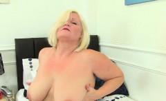 Busty BBW milf Jayne Storm spreads her hairy pussy