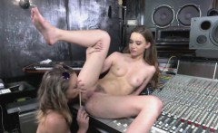 Teen Aurora Licking Tali Tight Pussy In Music Studio