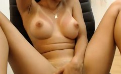 sexy nice tits amateur shows it all and masturbates on cam