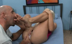 jenna lovely gives barry scott a foot job