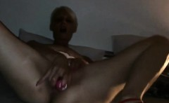 avec ses talons rouge french milf