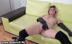 Amateur loves finger fucking