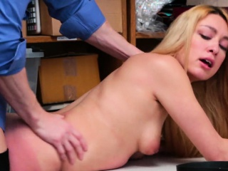 Foxy Sweety Alexy Gets Nailed By The Officer