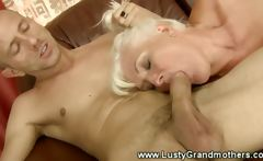 Old amateur grannie getting throatfucked