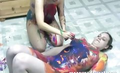 sexy lesbo teens doing body painting