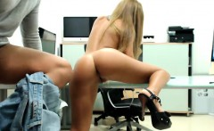 Stunning blonde beauty worships a long rod and then gets dr
