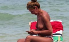 Topless Amateur MILFs - Voyeur Beach Close-Up
