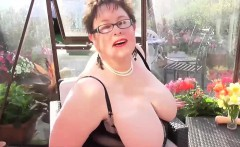 EuropeMature Chubby granny Honey