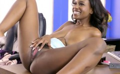 HR Hoe Jezabel Vessir Gets Good Dicking From The Executive