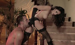 Sexy Wife Ariana Marie Gets Banged By Hung Driver
