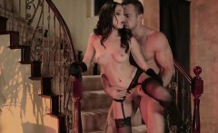 Hot Wife Ariana Marie Gets Serviced By Hung Plumber