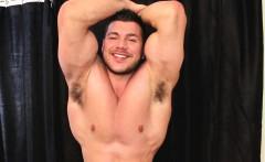 Tanning Bed Voyeur Muscle Wank