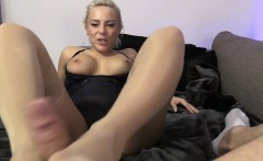 Randy blonde in pink pantyhose with foot fetish does footjob