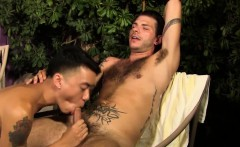 Gay amateur gets facial