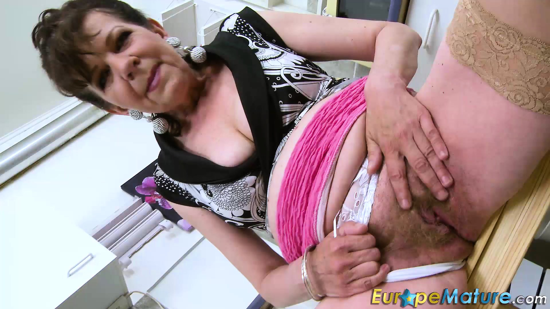 Monster Cock Hairy Pussy
