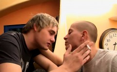 Euro twink Timmy flirts with bartender Jerry over a