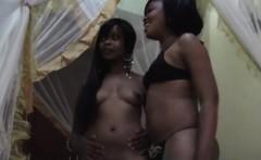africanlesbians-7-7-217-maxi-sajeda-bedroom-1