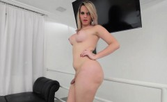 Shemale gives plenty of pleasure to her pulsating cock