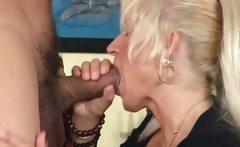 Ultra blonde mature chick loves er