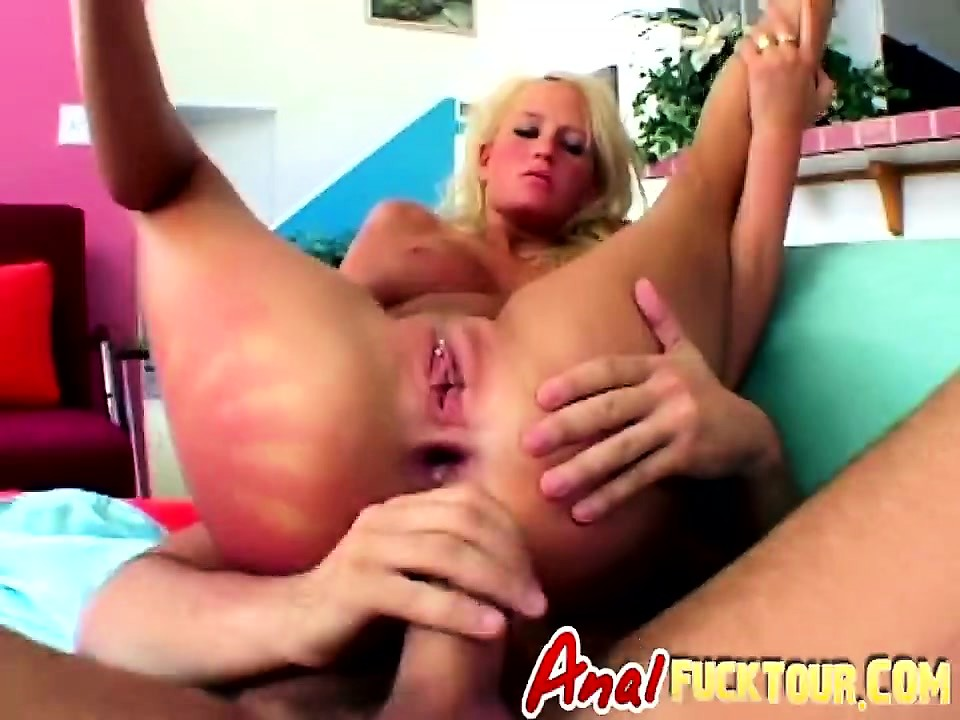 Manuel Ferrara younger years fucking on milf tight asshole