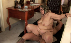 BBW loves to suck and get fucked hard