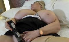 British big breasted Sammy Sanders fingering herself