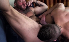 Wolf gets fingered and unsaddled
