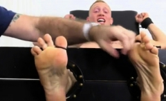 Video mature foot gay porn first time Cristian Tickled In Th