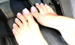 Fetish foot play with blonde
