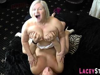 Fat grannny gets railed