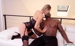 Lucky black guy bangs Sexy Emmas pussy